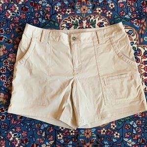 Lucy shorts, size S